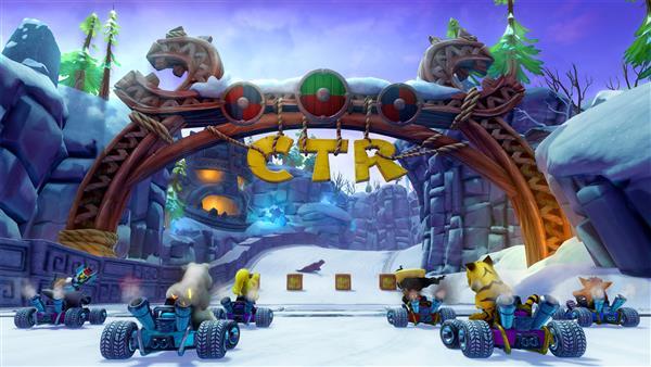 Crash Team Racing - Nitro Fueled  PS4